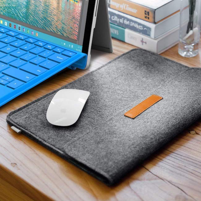 best-macbook-pro-cases-sleeves